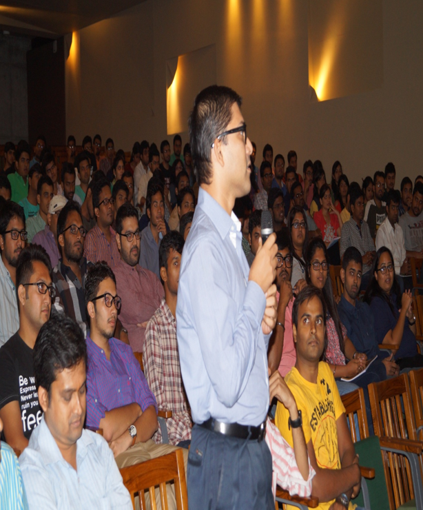 Students interacting with Dr. Ravi during the event